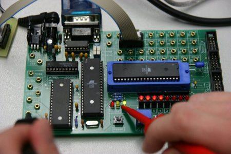 Inginerie electrică, electronică și telecomunicații