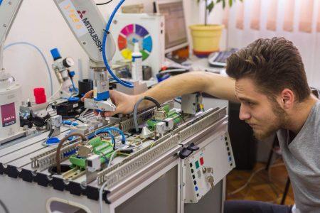 Inginerie mecanică, mecatronică, inginerie industrială și management